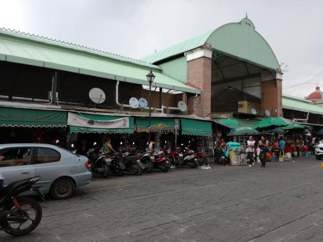 ベニート・フアレス市場