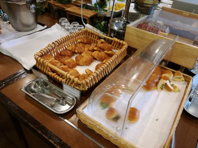 食べやすいサイズになっているパン